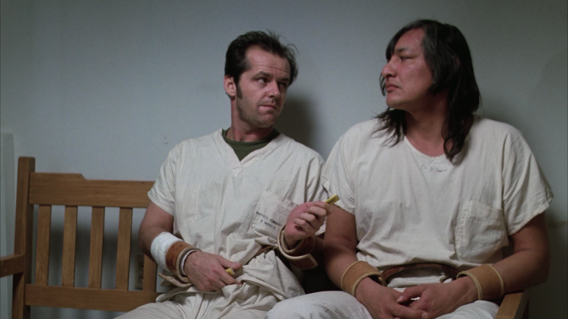 a literary analysis of the setting in one flew over the cuckoos nest by ken kesey Home » samples » literature » one flew over the cuckoo  kesey, ken one flew over the cuckoo's nest  must read: one flew over the cuckoos nest is a roar .