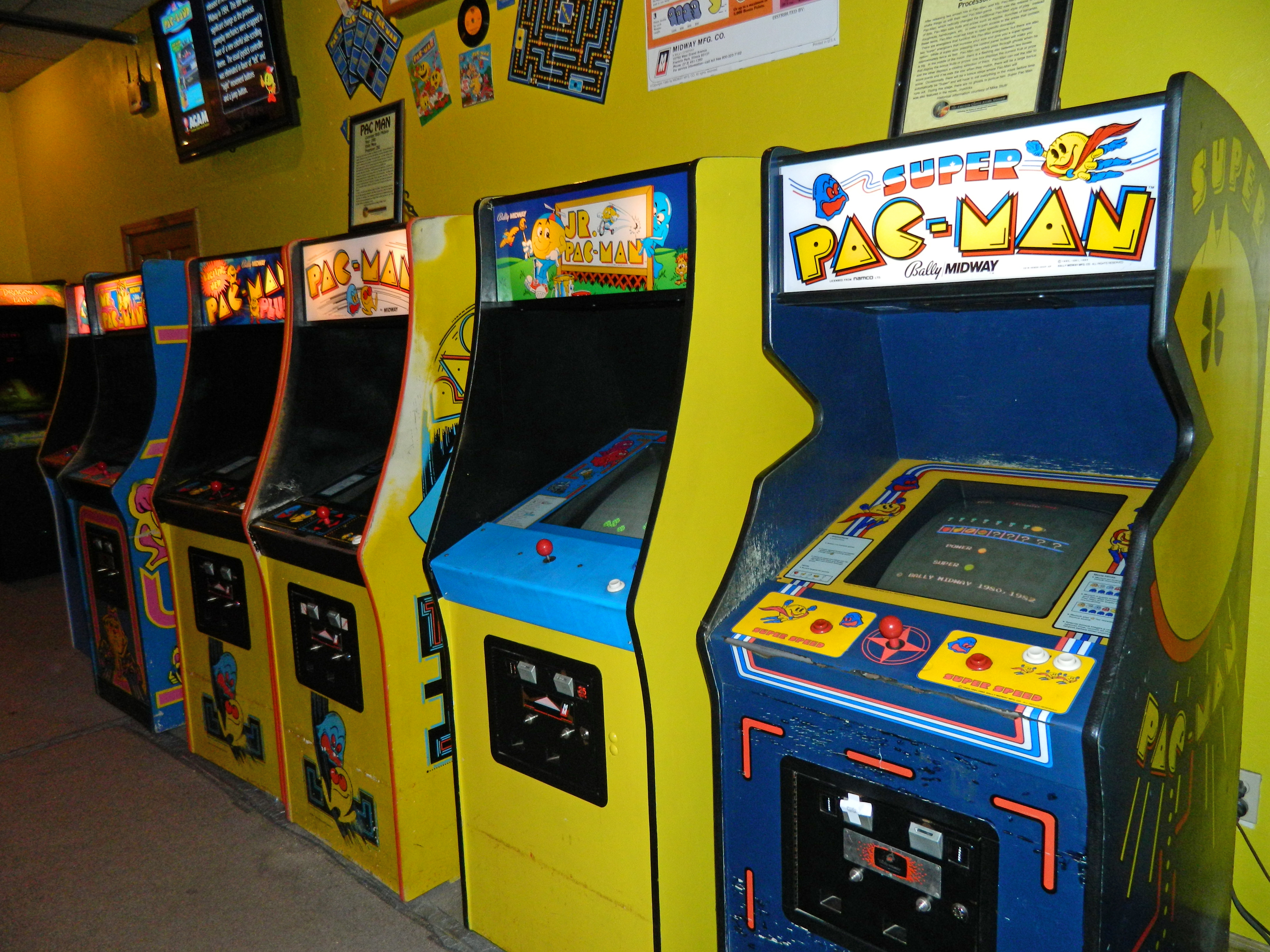 Ms Pacman Cabinet Gallery Pac Man And Ms Pac Man The Media 10