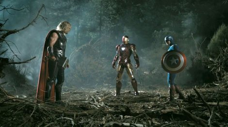 Chris-Hemsworth-Robert-Downey-Jr.-and-Chris-Evans-in-The-Avengers-2012-Movie-Image