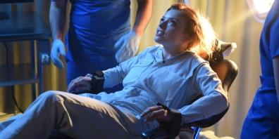 Francesca-Eastwood-in-Heroes-Reborn-Season-1-Episode-3